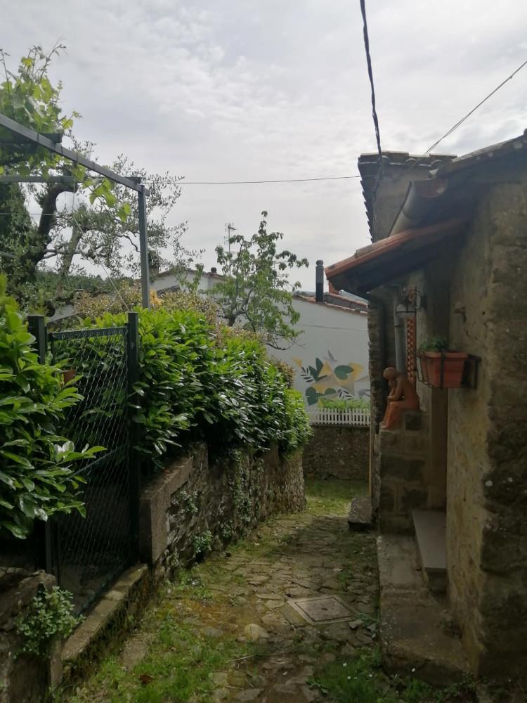 castagno di Piteccio borgo toscano